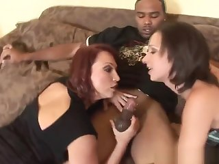 Hot Ebon Fellow Is Banging His Very Raunchy White Girlfriend