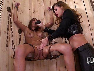 Lesbian BDSM and a slave role is amazing experience for Cathy Heaven