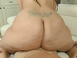 That's a couch breaking butt and Alycia Starr knows how to ride a dick