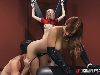 Bitches share a dick in crazy femdom XXX action