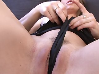 Close up hangbang with a double penetration scene for Monalee