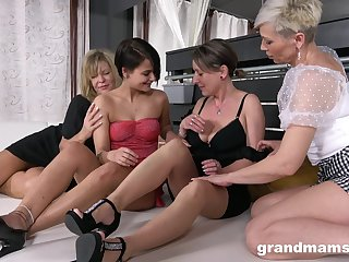 Lewd mature whores show slutty chicks how to use strapon for nice drilling