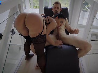 Addictive nude porn with a woman who's ass in incredible