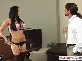 Personal assistant Audrey Bitoni wanna be fucked hard by Tommy Gunn