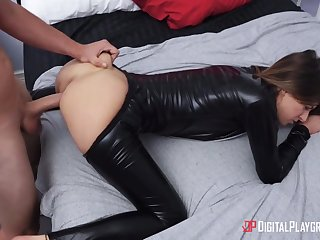 Attractive hottie in latex costume wanna nothing but hard banging