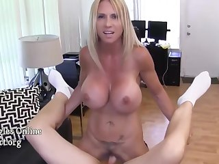 Brooke Tyler, Tyler Nixon And Big Breasts In Big Titted Housewife With Big Jugs Jerking Off And Sucking On Cock