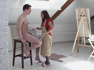 Hung model fucks the artist