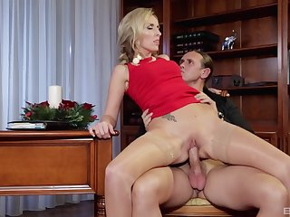 Classy mart Jenny Simons gives a blowjob at one's fingertips a party and rides a cock