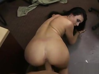 Perky tits babe banged by nasty pawn guy