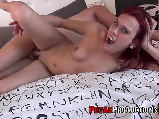 Redhead loses it when the guy hits her G spot