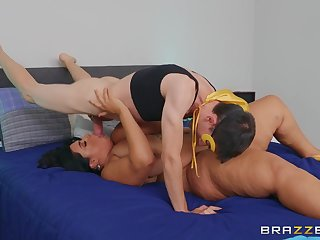 Chubby MILF tries young guy's endless cock in a weird manner